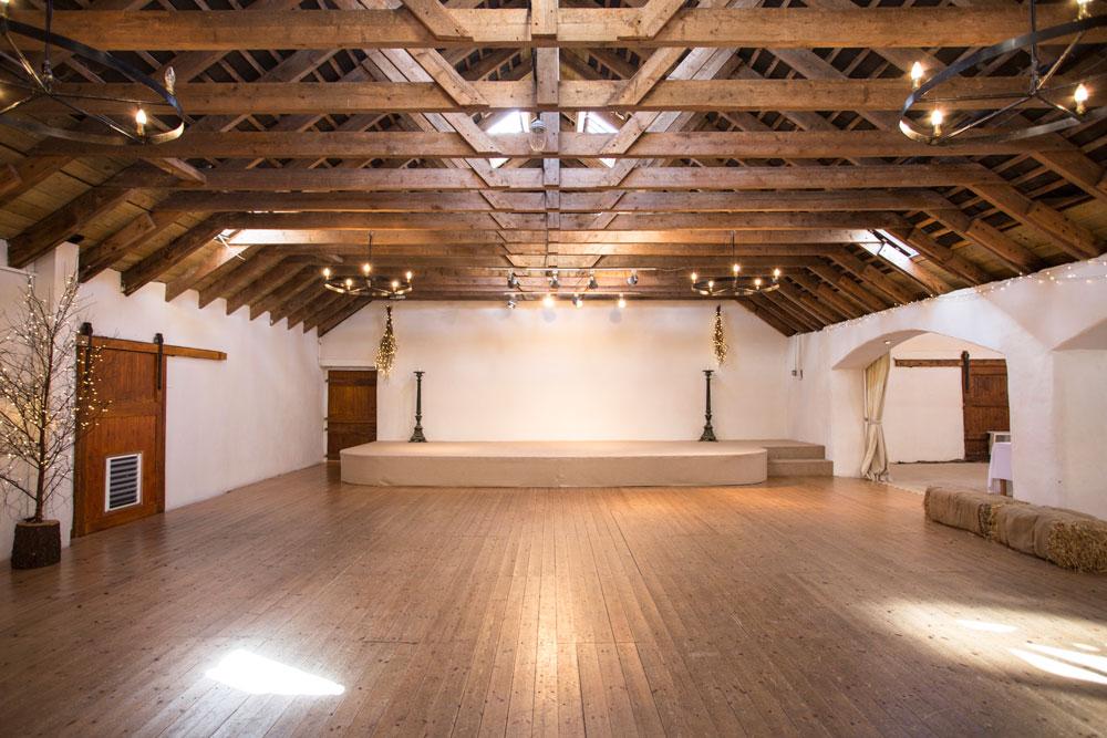 Aswanley Victorian Barn B