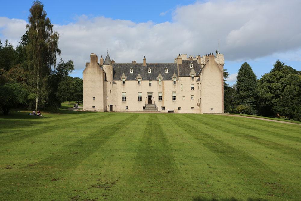 Drum Castle Castle