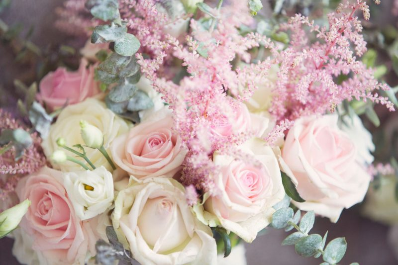 wedding-photographer-aberdeen-bride-flowers-anna-wytrazek-photography