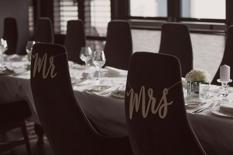 Chester Hotel Wedding, Mr and Mrs sign, Anna Wytrazek Photography, Wedding Photographer Aberdeen