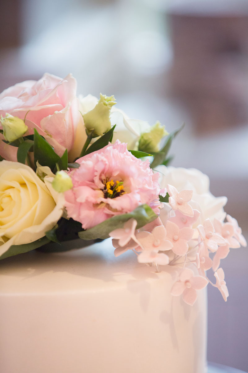 Thainstone House Hotel Wedding, cake details, Anna Wytrazek Photography, Wedding Photographer Aberdeen