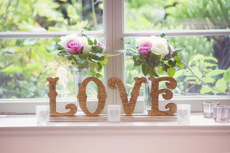 Thainstone House Hotel Wedding, love sign, Anna Wytrazek Photography, Wedding Photographer Aberdeen