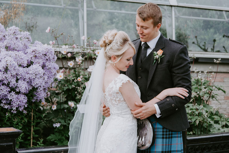 Duthie Park Winter Gardens Wedding, bride and groom posing, Anna Wytrazek Photography, Wedding Photographer Aberdeen