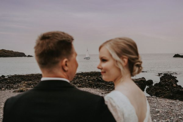 Wedding photographer Aberdeen, Anna Wytrazek Photography, boat