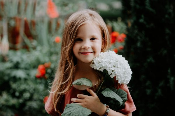Anna Wytrazek Photography Portrait Photography Edinburgh Girl with flower