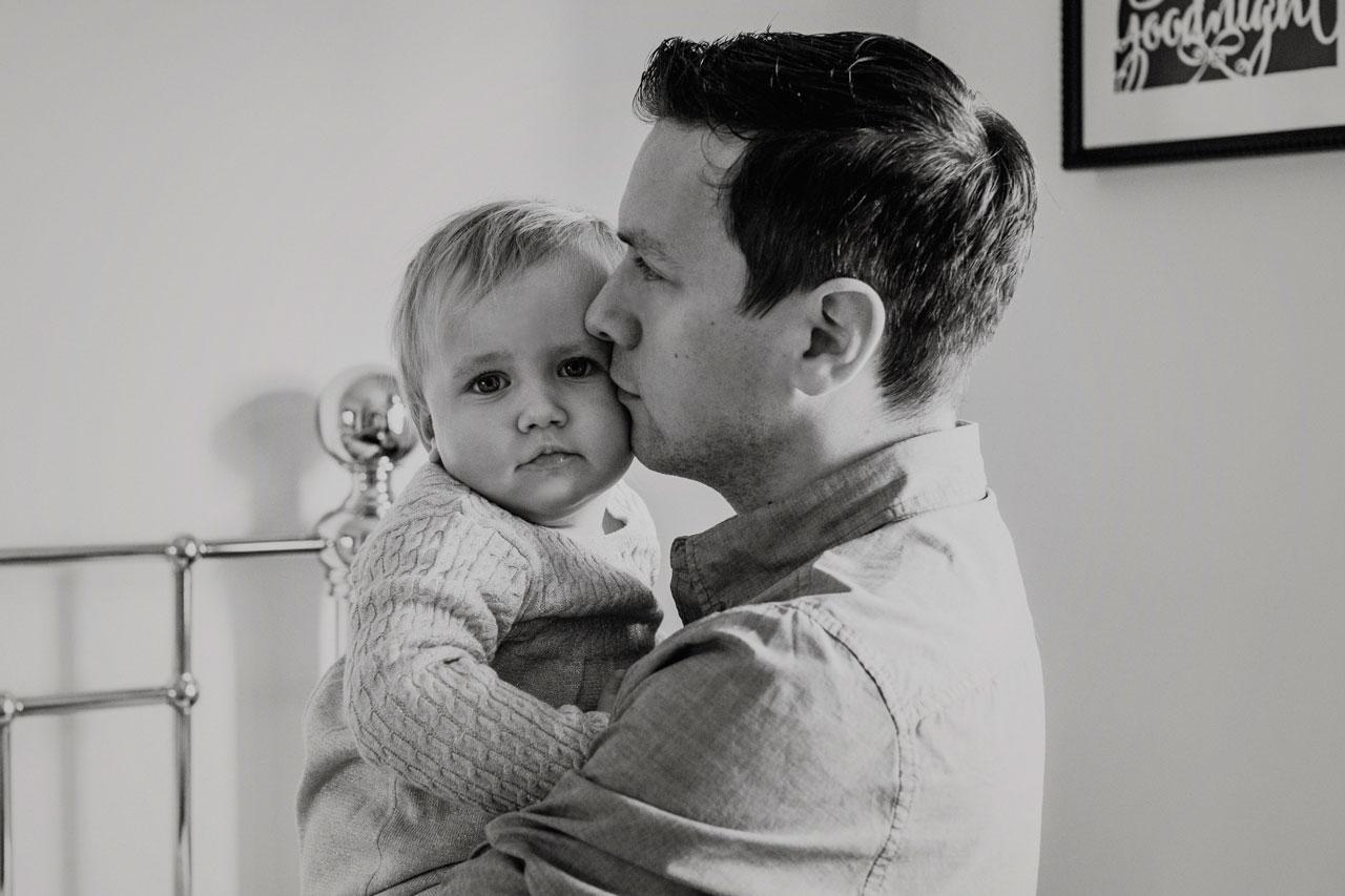 Newborn Photographer Edinburgh at home session Anna Wytrazek Photography